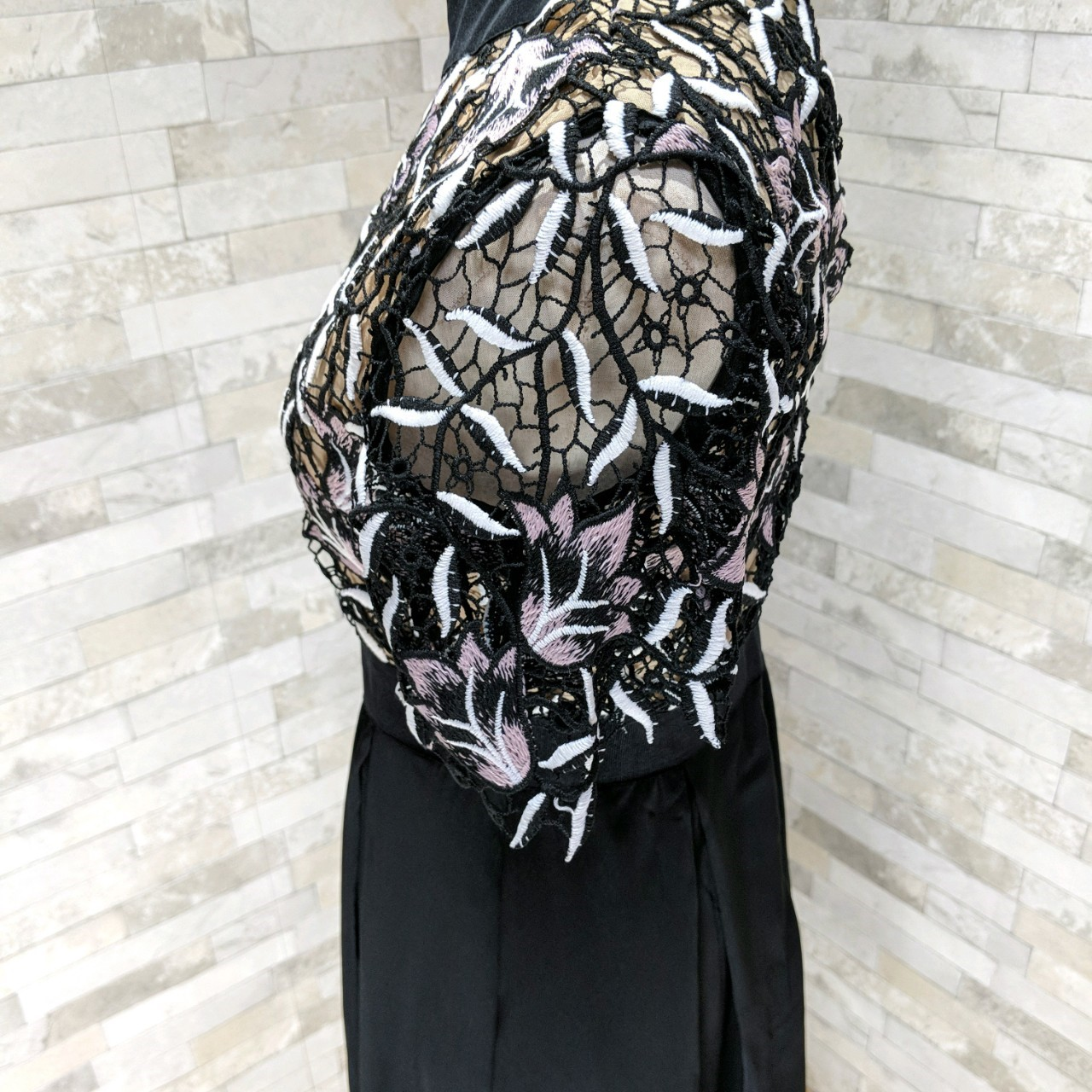 【即納】韓国 ファッション ワンピース パーティードレス ロング マキシ 夏 春 秋 パーティー ブライダル SPTX5151 結婚式 お呼ばれ ドッキング 花柄レース ロン 二次会 セレブ きれいめの写真18枚目