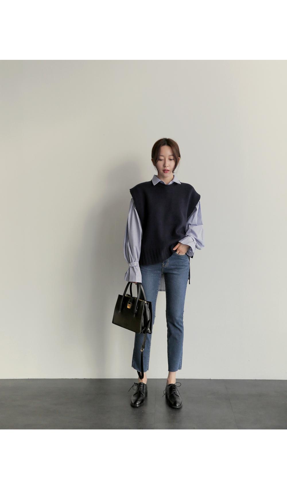 【即納】韓国 ファッション トップス ニット セーター 秋冬春 カジュアル SPTX5258  コーデに可愛げを呼ぶ。リボンディテールのニットベスト オルチャン シンプル 定番 セレカジの写真18枚目