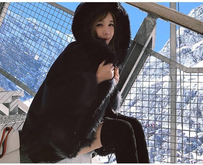 【即納】韓国 ファッション アウター ムートン ファーコート 秋 冬 カジュアル SPTX8010  Aライン ビッグファー エコファー もこもこ ショート オルチャン シンプル 定番 セレカジの写真6枚目