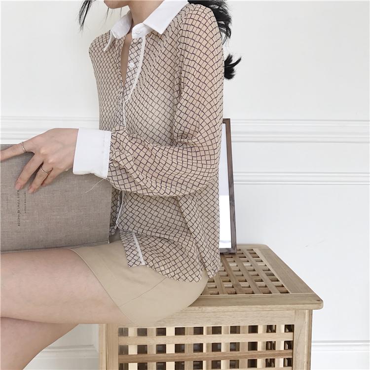 韓国 ファッション トップス ブラウス シャツ 夏 春 カジュアル PTXA777  幾何学模様 シアー シースルー とろみ素材 オフィス オルチャン シンプル 定番 セレカジの写真8枚目
