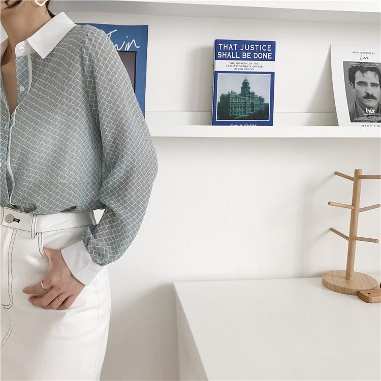 韓国 ファッション トップス ブラウス シャツ 夏 春 カジュアル PTXA777  幾何学模様 シアー シースルー とろみ素材 オフィス オルチャン シンプル 定番 セレカジの写真16枚目