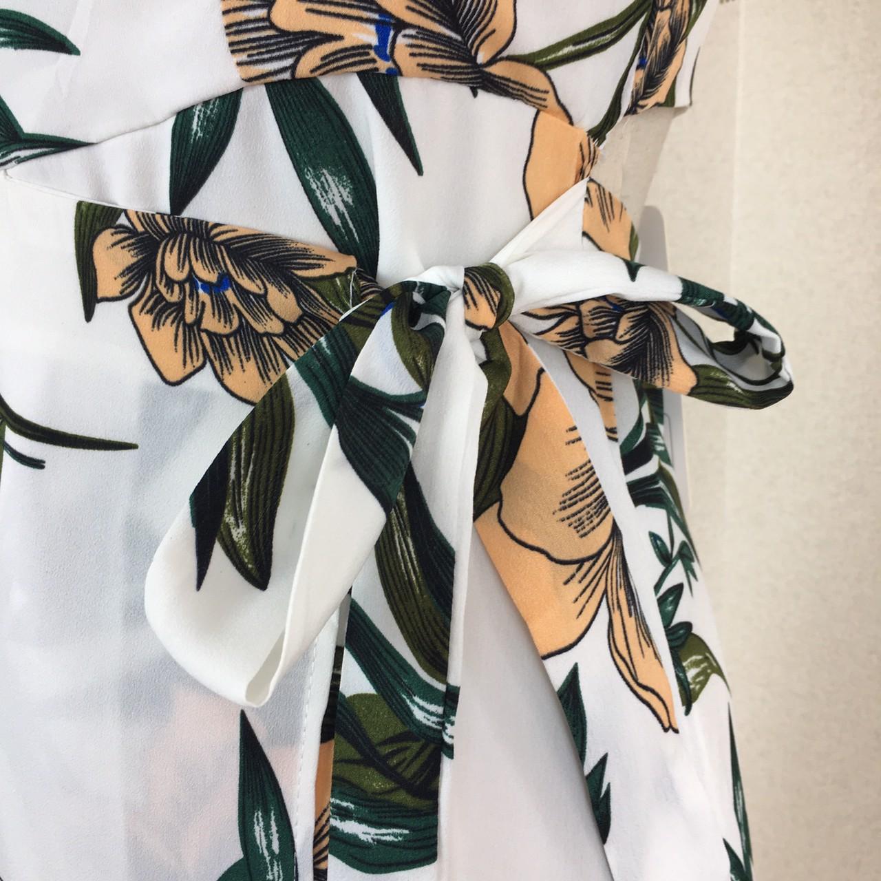 【即納】リゾートワンピース ロング マキシ ハワイ お出かけワンピ 春 夏 リゾート パーティー SPTXA838  マキシワンピース フリル カットオフ セパレート風  オルチャン セレブ セクシーの写真20枚目