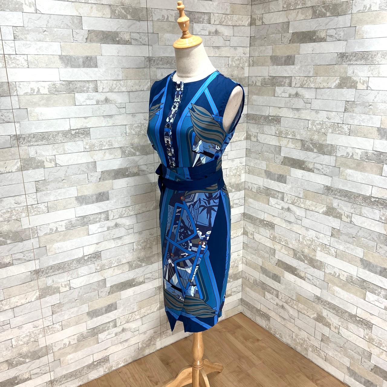 【即納】韓国 ファッション ワンピース パーティードレス ひざ丈 ミディアム 夏 春 パーティー ブライダル SPTXB517 結婚式 お呼ばれ ゴージャス レトロ スカーフ 二次会 セレブ きれいめの写真10枚目
