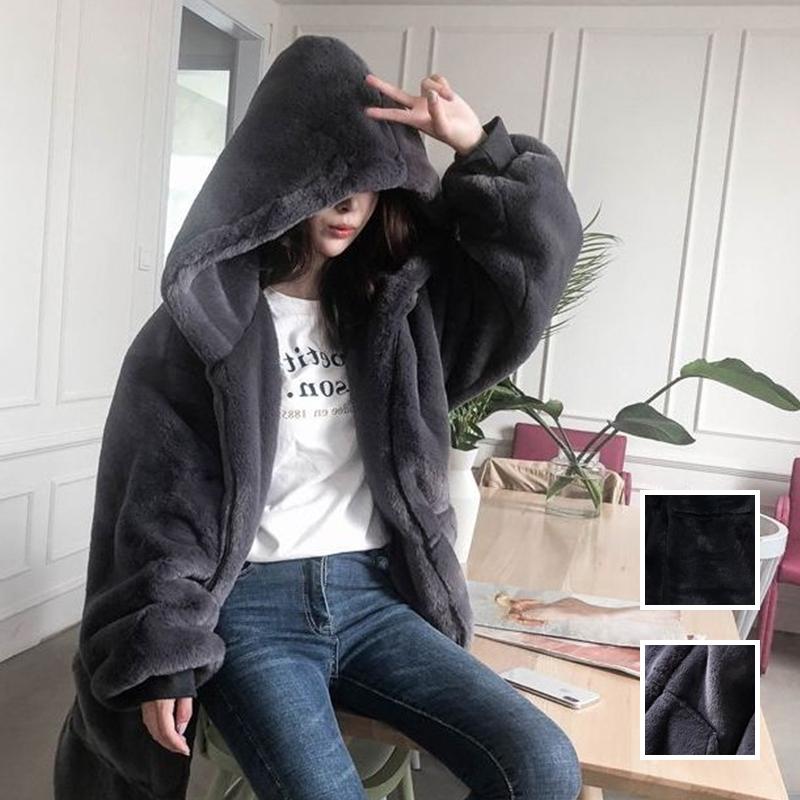 【即納】韓国 ファッション アウター ムートン ファーコート 秋 冬 カジュアル SPTXC599  もこもこ ふわふわ エコファー パーカー オーバーサイズ フ オルチャン シンプル 定番 セレカジの写真1枚目