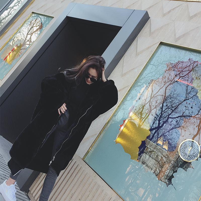 【即納】韓国 ファッション アウター ムートン ファーコート 秋 冬 カジュアル SPTXC599  もこもこ ふわふわ エコファー パーカー オーバーサイズ フ オルチャン シンプル 定番 セレカジの写真2枚目