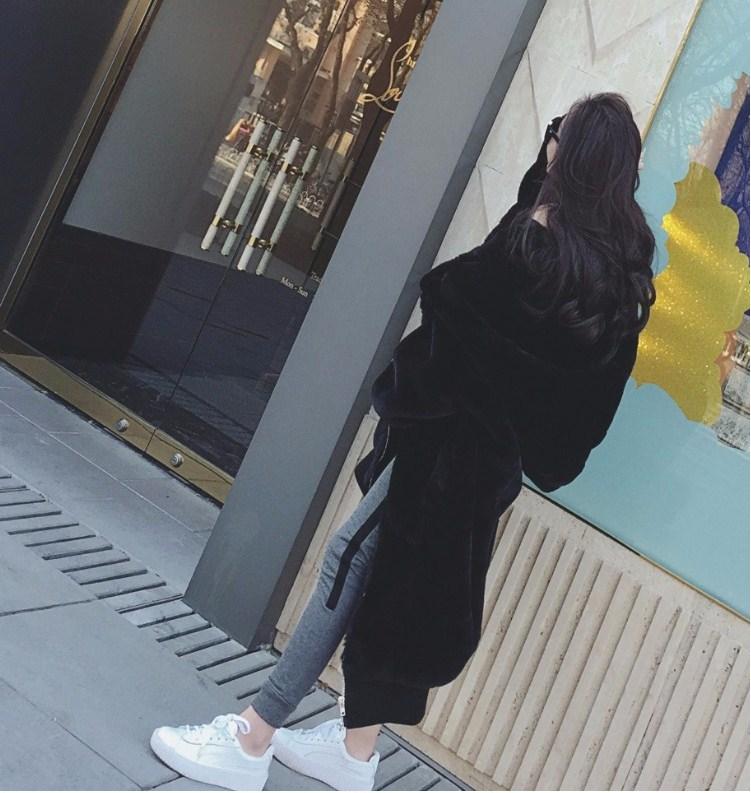 【即納】韓国 ファッション アウター ムートン ファーコート 秋 冬 カジュアル SPTXC599  もこもこ ふわふわ エコファー パーカー オーバーサイズ フ オルチャン シンプル 定番 セレカジの写真8枚目