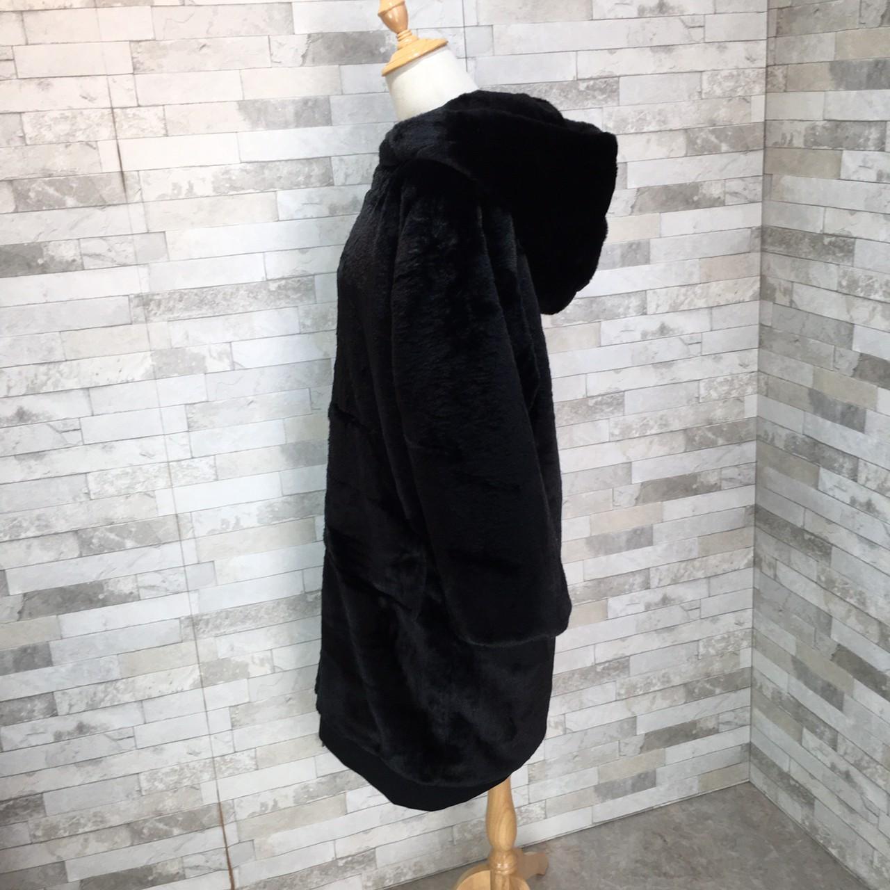 【即納】韓国 ファッション アウター ムートン ファーコート 秋 冬 カジュアル SPTXC599  もこもこ ふわふわ エコファー パーカー オーバーサイズ フ オルチャン シンプル 定番 セレカジの写真12枚目