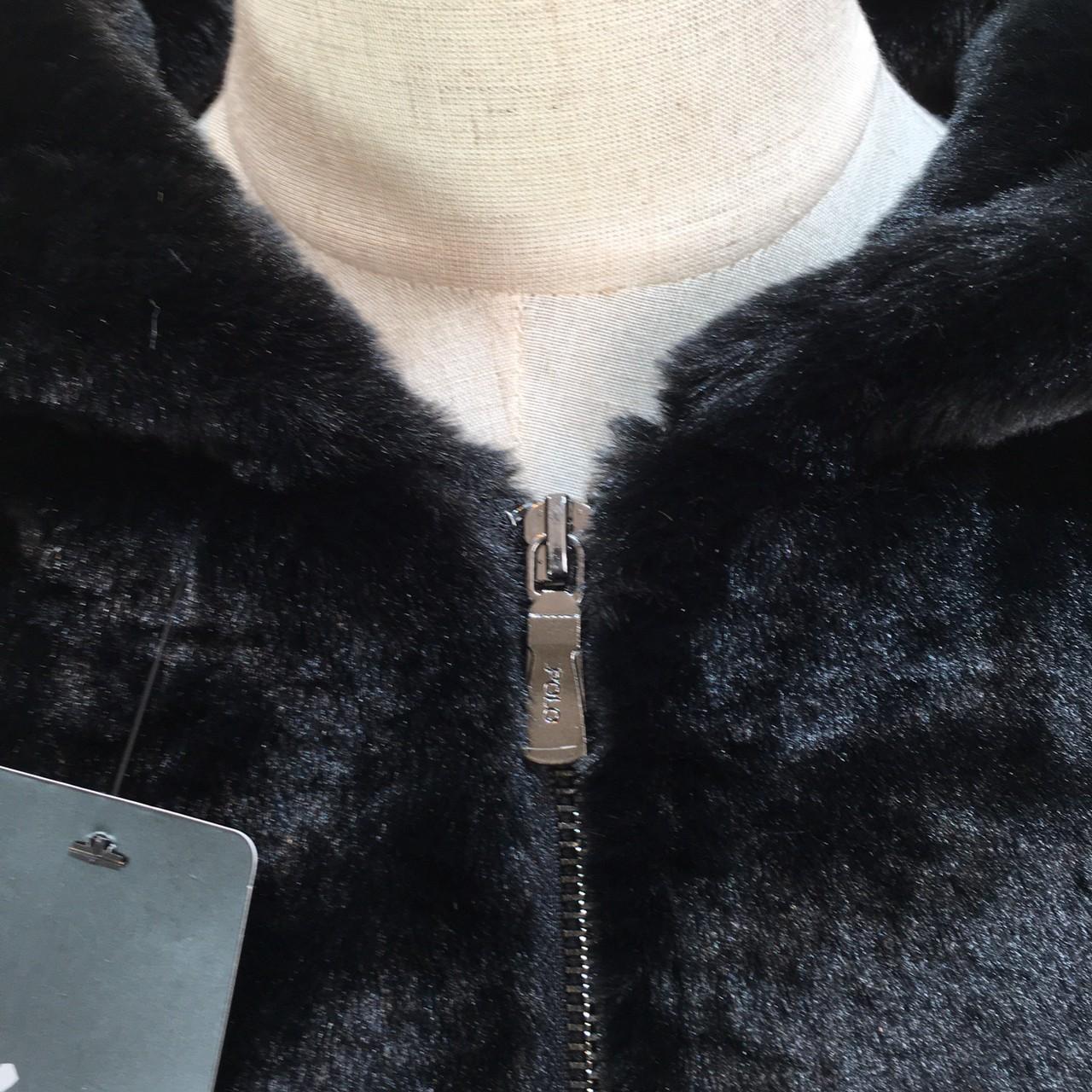 【即納】韓国 ファッション アウター ムートン ファーコート 秋 冬 カジュアル SPTXC599  もこもこ ふわふわ エコファー パーカー オーバーサイズ フ オルチャン シンプル 定番 セレカジの写真14枚目