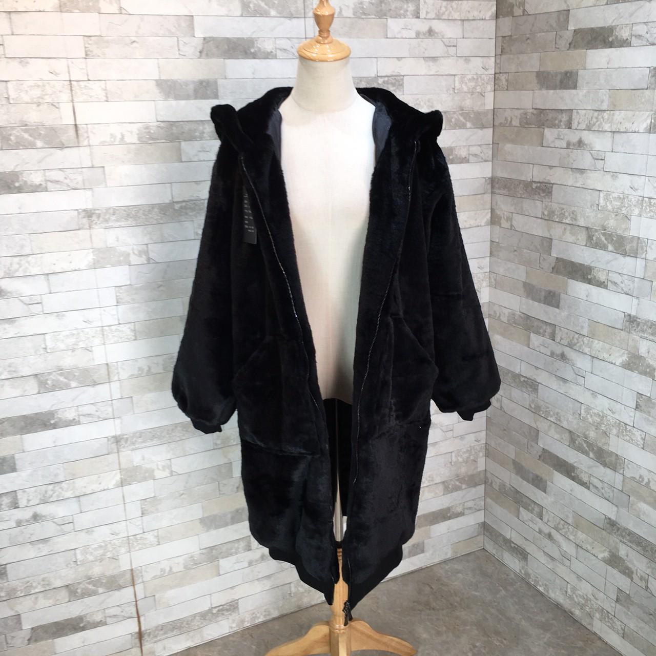 【即納】韓国 ファッション アウター ムートン ファーコート 秋 冬 カジュアル SPTXC599  もこもこ ふわふわ エコファー パーカー オーバーサイズ フ オルチャン シンプル 定番 セレカジの写真18枚目