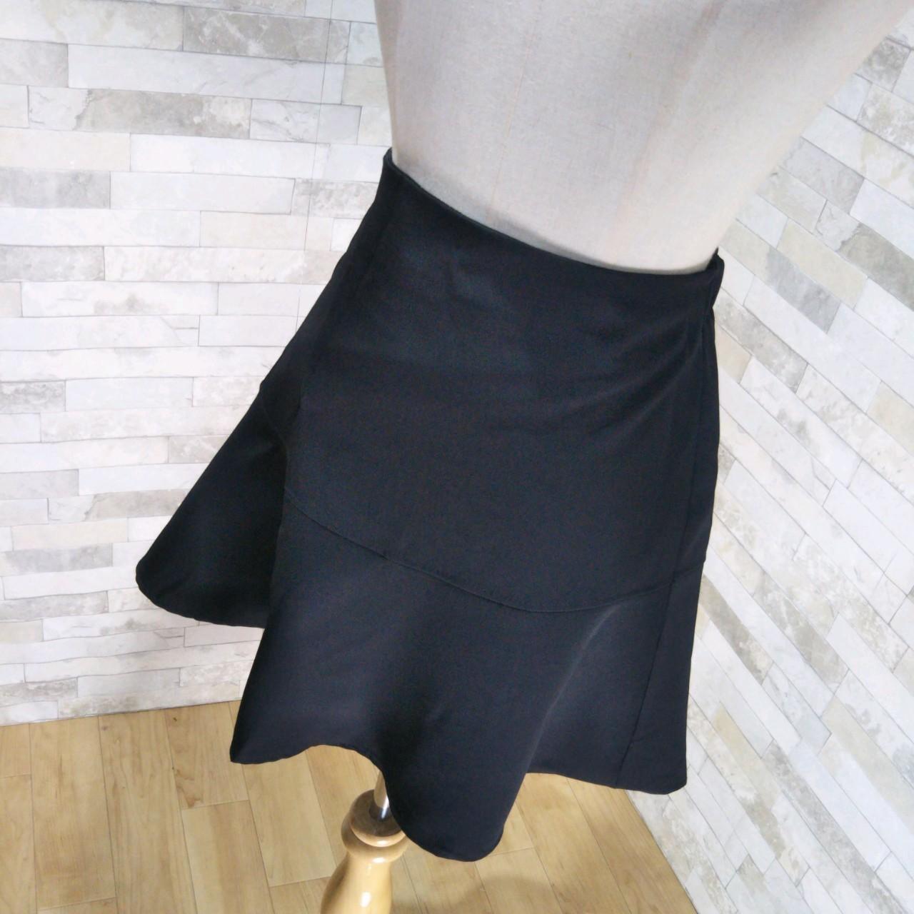 韓国 ファッション スカート ミニ ボトムス 春 夏 カジュアル PTXE657  アシンメトリー イレヘム 切り替え サーキュラー フレアスカート フェミニン  オルチャン シンプル 定番 セレカジの写真4枚目