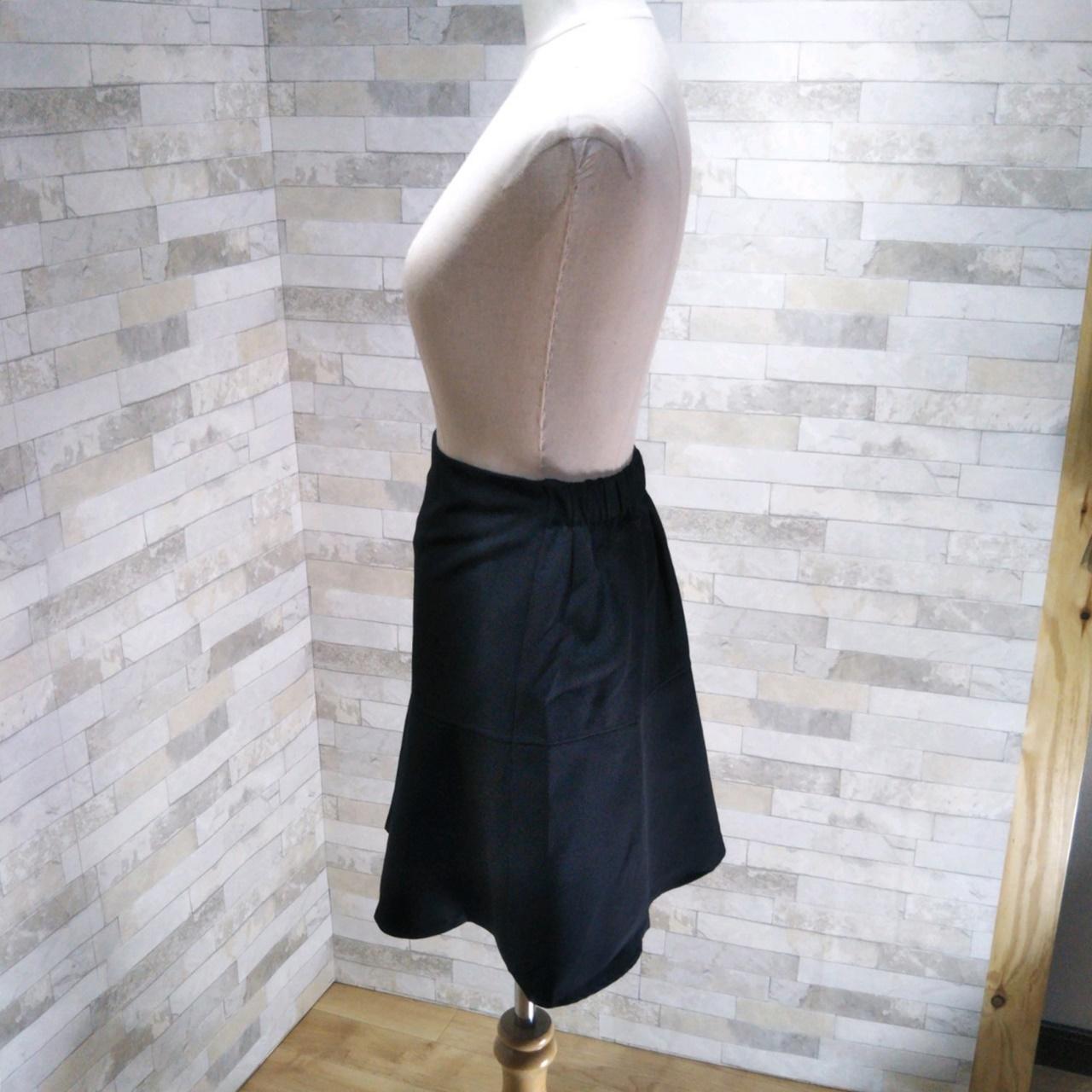 韓国 ファッション スカート ミニ ボトムス 春 夏 カジュアル PTXE657  アシンメトリー イレヘム 切り替え サーキュラー フレアスカート フェミニン  オルチャン シンプル 定番 セレカジの写真9枚目