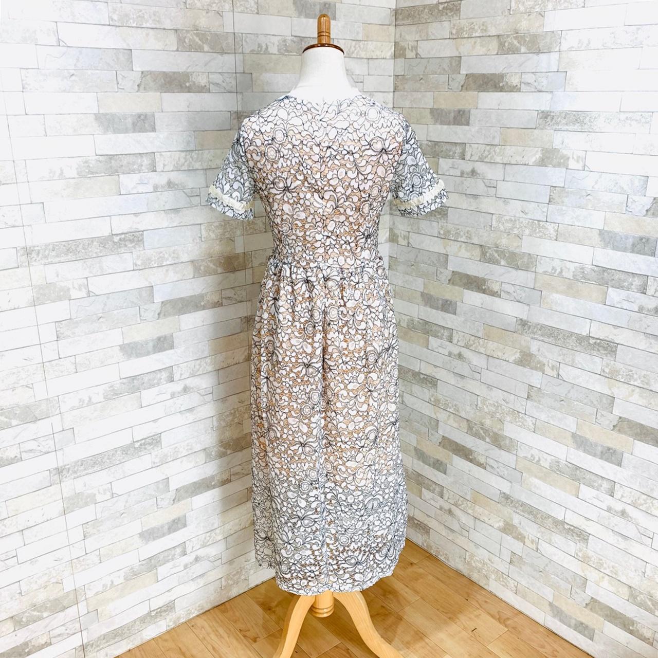 【即納】韓国 ファッション ワンピース パーティードレス ロング マキシ 夏 春 パーティー ブライダル SPTXE760 結婚式 お呼ばれ 総レース スタンドカラー ギャザ 二次会 セレブ きれいめの写真5枚目
