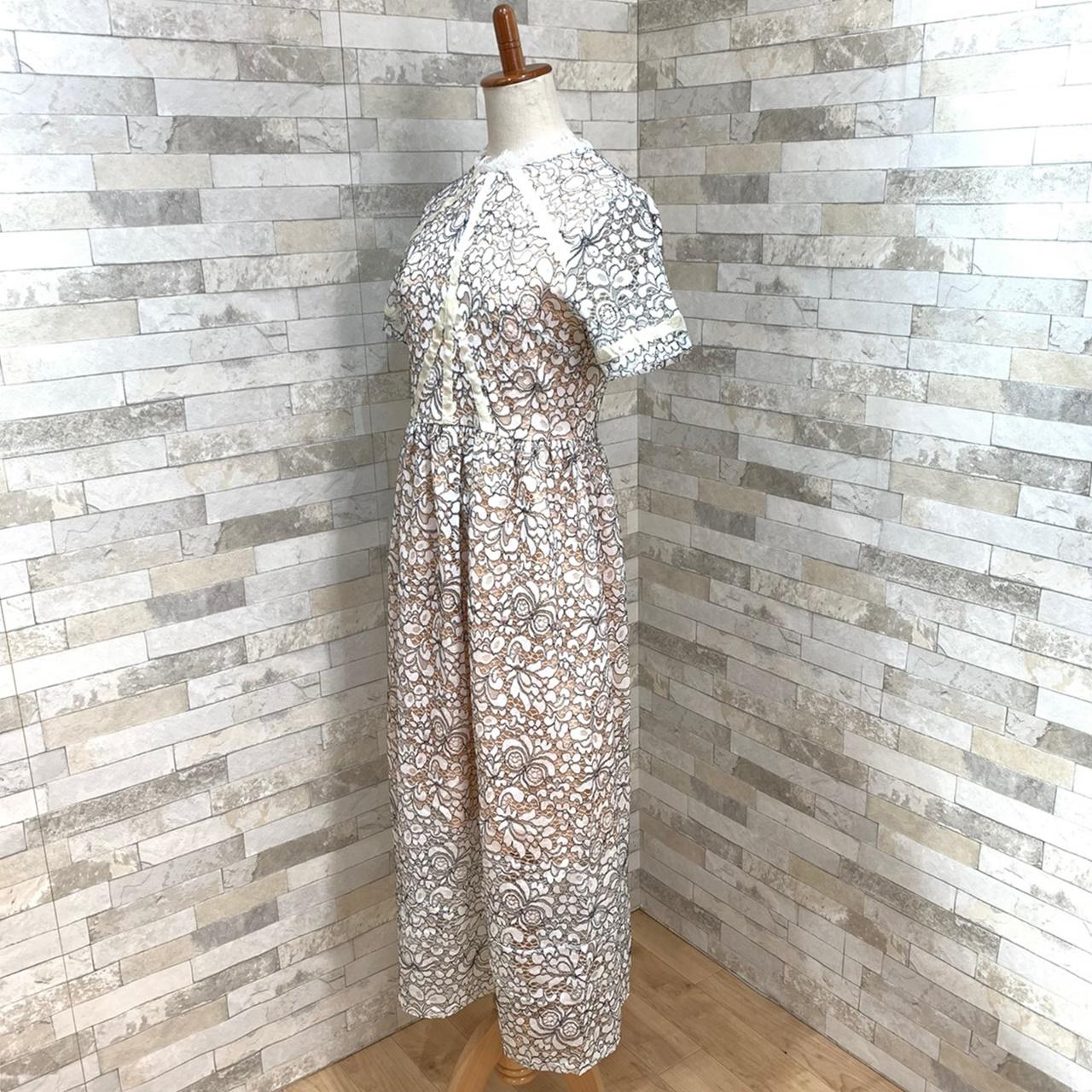 【即納】韓国 ファッション ワンピース パーティードレス ロング マキシ 夏 春 パーティー ブライダル SPTXE760 結婚式 お呼ばれ 総レース スタンドカラー ギャザ 二次会 セレブ きれいめの写真6枚目