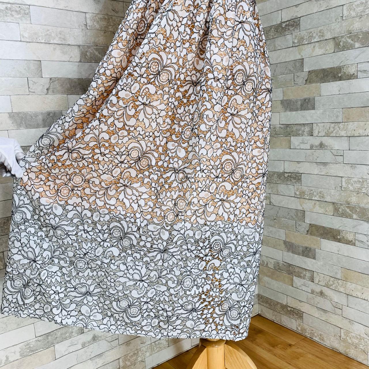 【即納】韓国 ファッション ワンピース パーティードレス ロング マキシ 夏 春 パーティー ブライダル SPTXE760 結婚式 お呼ばれ 総レース スタンドカラー ギャザ 二次会 セレブ きれいめの写真10枚目