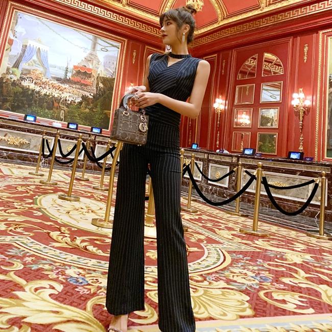 韓国 ファッション オールインワン サロペット 春 夏 パーティー ブライダル PTXE912  チョーカー風 Vネック ウエストマーク ワイドパンツ ドレス 二次会 セレブ きれいめの写真5枚目