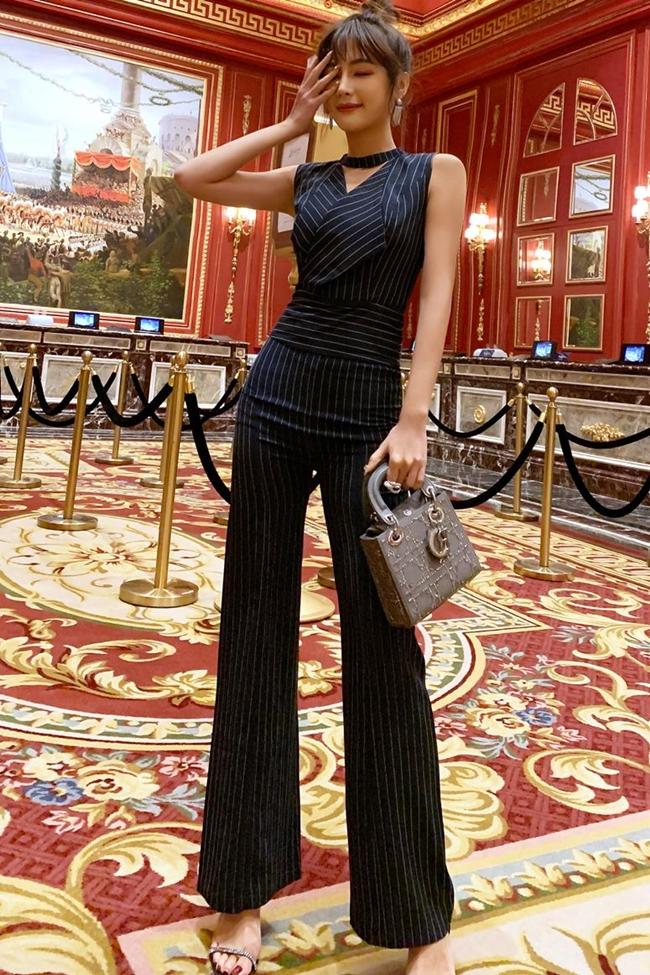 韓国 ファッション オールインワン サロペット 春 夏 パーティー ブライダル PTXE912  チョーカー風 Vネック ウエストマーク ワイドパンツ ドレス 二次会 セレブ きれいめの写真6枚目