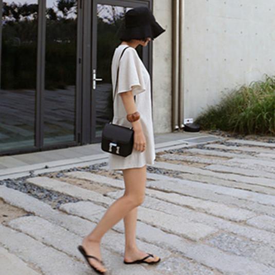 韓国 ファッション オールインワン サロペット 春 夏 カジュアル PTXF166  リネン フレアスリーブ ヘンリーネック Vネック フロントボタン Aライン オルチャン シンプル 定番 セレカジの写真4枚目
