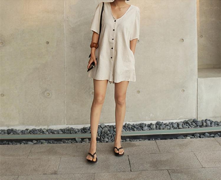 韓国 ファッション オールインワン サロペット 春 夏 カジュアル PTXF166  リネン フレアスリーブ ヘンリーネック Vネック フロントボタン Aライン オルチャン シンプル 定番 セレカジの写真5枚目