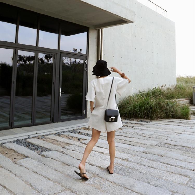 韓国 ファッション オールインワン サロペット 春 夏 カジュアル PTXF166  リネン フレアスリーブ ヘンリーネック Vネック フロントボタン Aライン オルチャン シンプル 定番 セレカジの写真9枚目