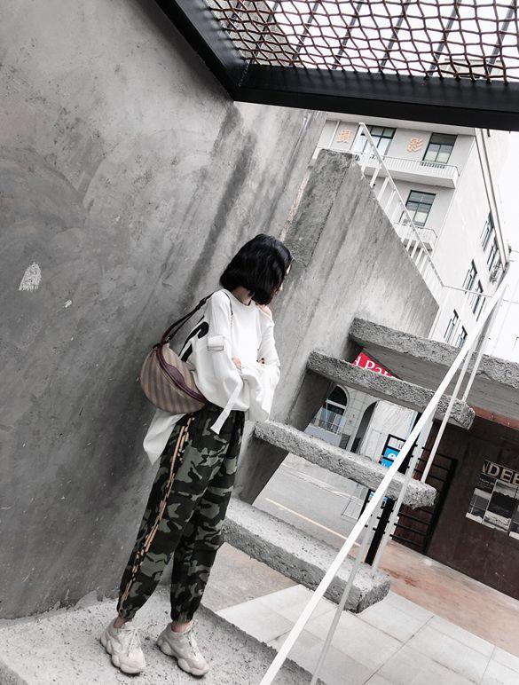 韓国 ファッション トップス スウェット トレーナー 秋 冬 カジュアル PTXG315  ビッグシルエット ダメージ ストリート オルチャン シンプル 定番 セレカジの写真12枚目