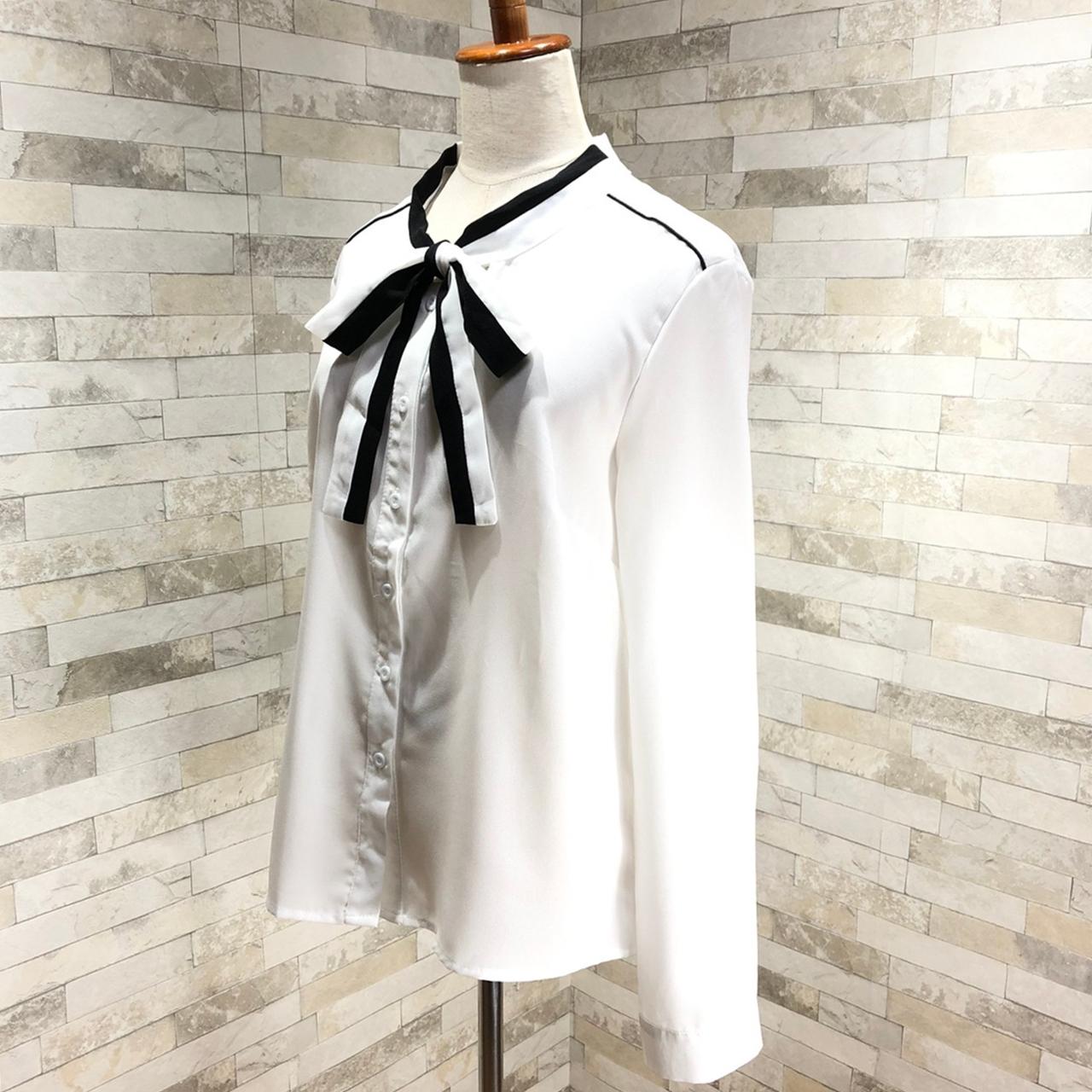 韓国 ファッション トップス ブラウス シャツ 春 秋 冬 カジュアル PTXG560  ボウタイ パイピング オフィス エレガント オルチャン シンプル 定番 セレカジの写真5枚目
