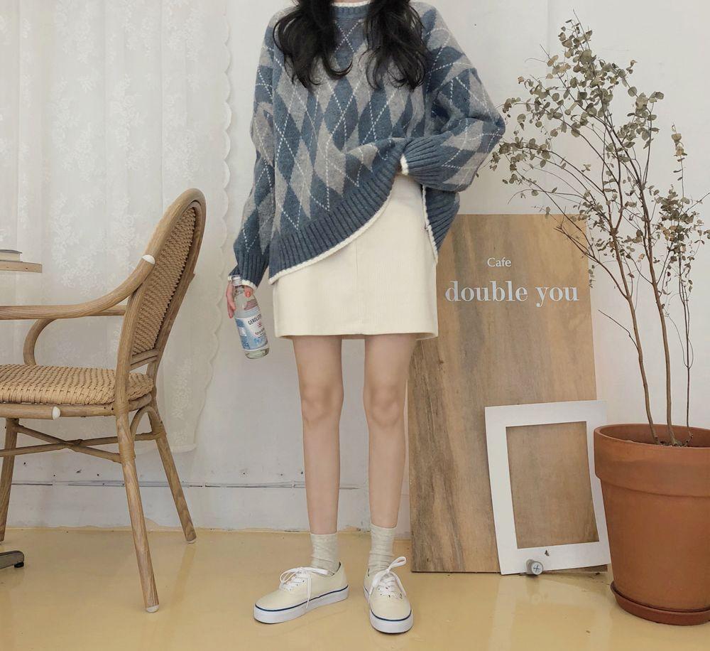 【即納】韓国 ファッション スカート ミニ ボトムス 秋 冬 カジュアル SPTXG567  コーデュロイ ベイクドカラー ガーリー オルチャン シンプル 定番 セレカジの写真9枚目