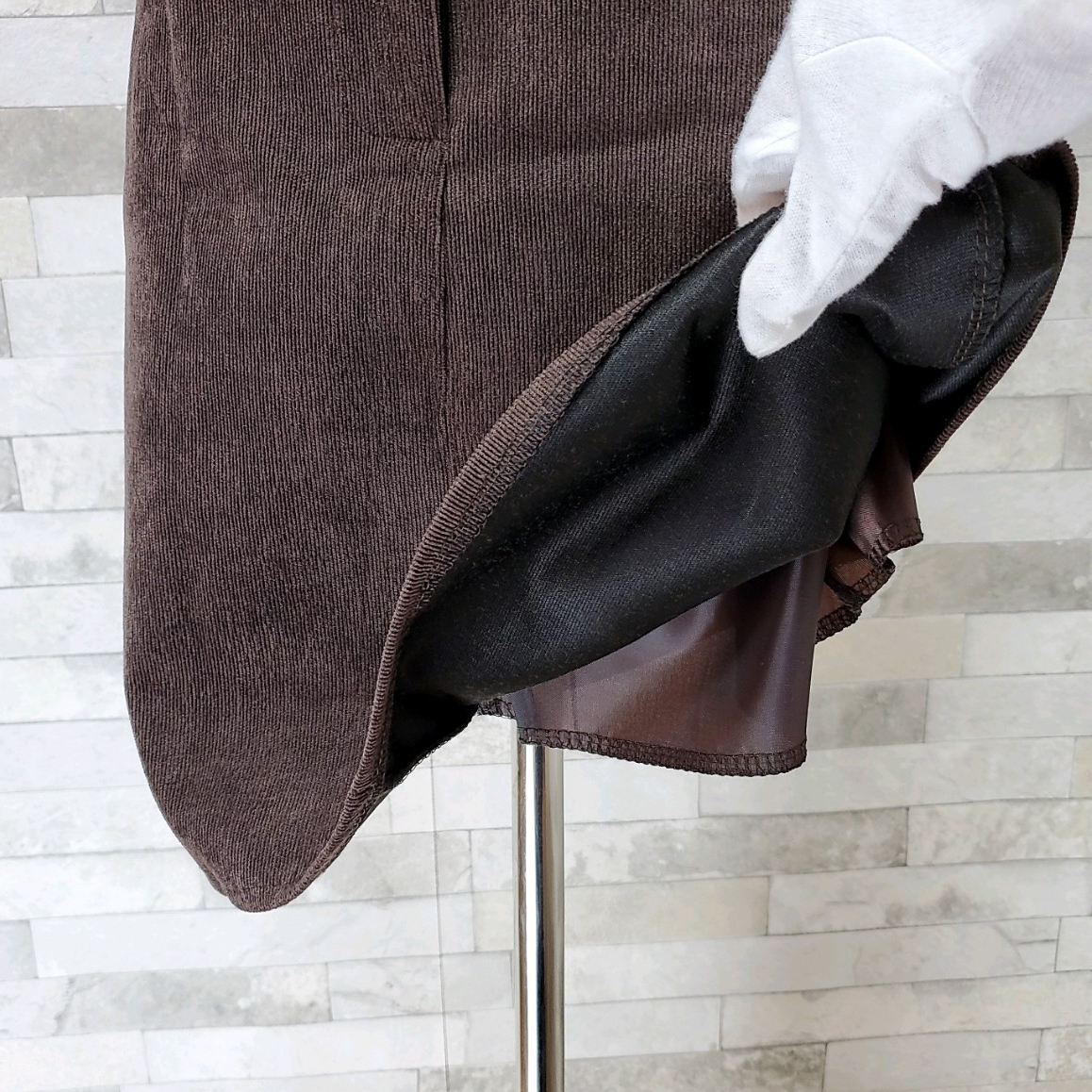 【即納】韓国 ファッション スカート ミニ ボトムス 秋 冬 カジュアル SPTXG567  コーデュロイ ベイクドカラー ガーリー オルチャン シンプル 定番 セレカジの写真19枚目