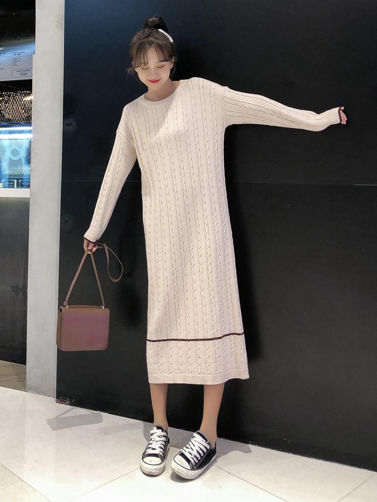 韓国 ファッション ワンピース 秋 冬 カジュアル PTXG624  ライン ケーブルニットワンピース ゆるタイト オルチャン シンプル 定番 セレカジの写真2枚目