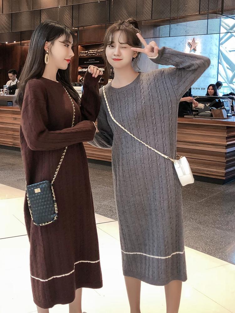 韓国 ファッション ワンピース 秋 冬 カジュアル PTXG624  ライン ケーブルニットワンピース ゆるタイト オルチャン シンプル 定番 セレカジの写真3枚目
