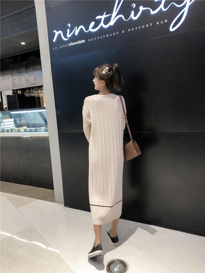 韓国 ファッション ワンピース 秋 冬 カジュアル PTXG624  ライン ケーブルニットワンピース ゆるタイト オルチャン シンプル 定番 セレカジの写真17枚目