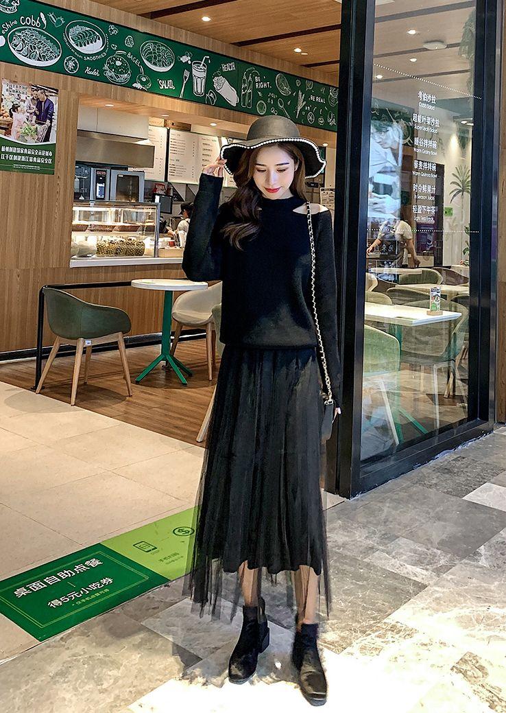 韓国 ファッション トップス ニット セーター 秋 冬 カジュアル PTXG679  ホルターネック風 オープンショルダー 肌見せ オルチャン シンプル 定番 セレカジの写真17枚目