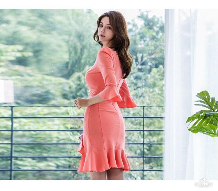 【即納】韓国 ファッション ワンピース パーティードレス ショート ミニ丈 秋 冬 パーティー ブライダル SPTXG907 結婚式 お呼ばれ アシンメトリー フリル マーメ 二次会 セレブ きれいめの写真5枚目