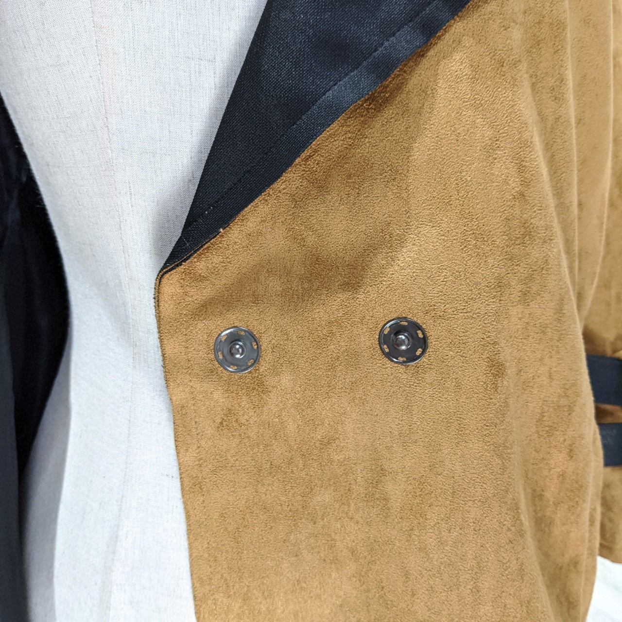 【即納】韓国 ファッション アウター レザージャケット コート 秋 冬 パーティー ブライダル SPTXG910  革ベルト風 エコスエード ジャケット ショート 二次会 セレブ きれいめの写真13枚目
