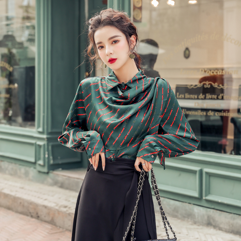 韓国 ファッション パンツ セットアップ パーティードレス 結婚式 お呼ばれドレス 秋 冬 パーティー ブライダル PTXH244  ドレープ スカーフ柄 ワイドパンツ レト 二次会 セレブ きれいめの写真4枚目