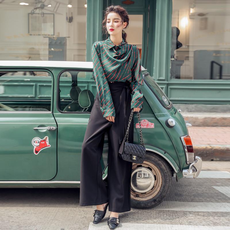 韓国 ファッション パンツ セットアップ パーティードレス 結婚式 お呼ばれドレス 秋 冬 パーティー ブライダル PTXH244  ドレープ スカーフ柄 ワイドパンツ レト 二次会 セレブ きれいめの写真5枚目