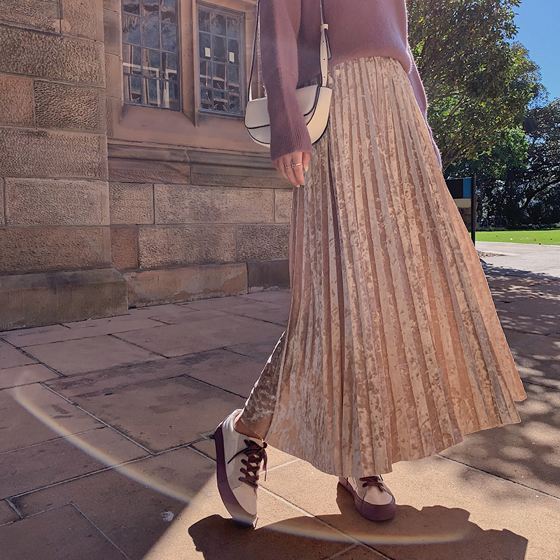 韓国 ファッション スカート ボトムス 秋 冬 カジュアル PTXH326  光沢 マキシ丈 プリーツスカート 着回し オルチャン シンプル 定番 セレカジの写真2枚目