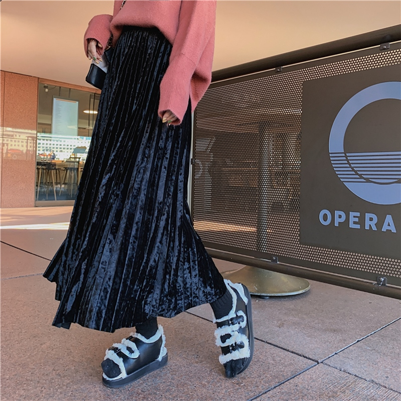 韓国 ファッション スカート ボトムス 秋 冬 カジュアル PTXH326  光沢 マキシ丈 プリーツスカート 着回し オルチャン シンプル 定番 セレカジの写真17枚目