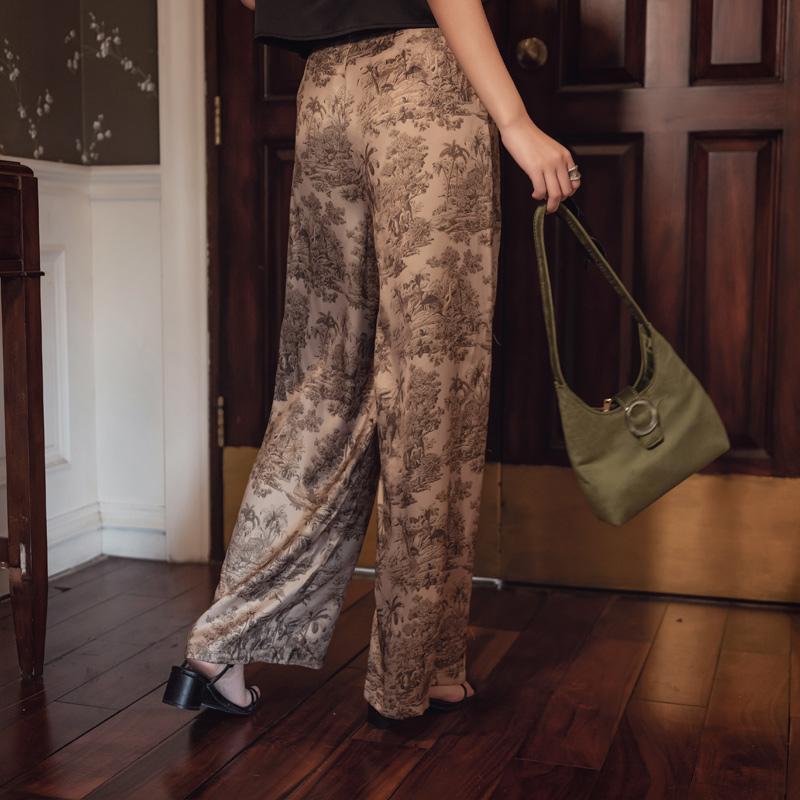 韓国 ファッション パンツ ボトムス 春 夏 リゾート パーティー PTXH376  サテン風 光沢 レトロ リラクシー リゾート オルチャン セレブ セクシーの写真3枚目
