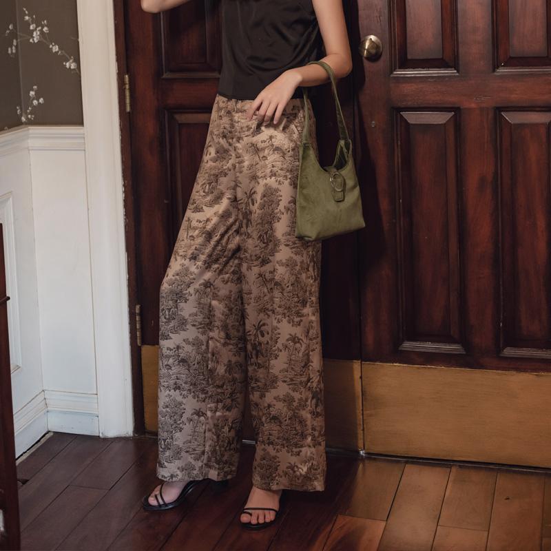 韓国 ファッション パンツ ボトムス 春 夏 リゾート パーティー PTXH376  サテン風 光沢 レトロ リラクシー リゾート オルチャン セレブ セクシーの写真4枚目