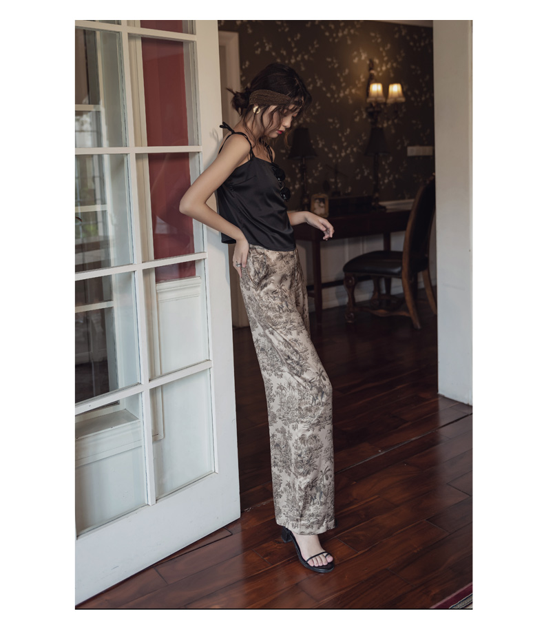 韓国 ファッション パンツ ボトムス 春 夏 リゾート パーティー PTXH376  サテン風 光沢 レトロ リラクシー リゾート オルチャン セレブ セクシーの写真10枚目