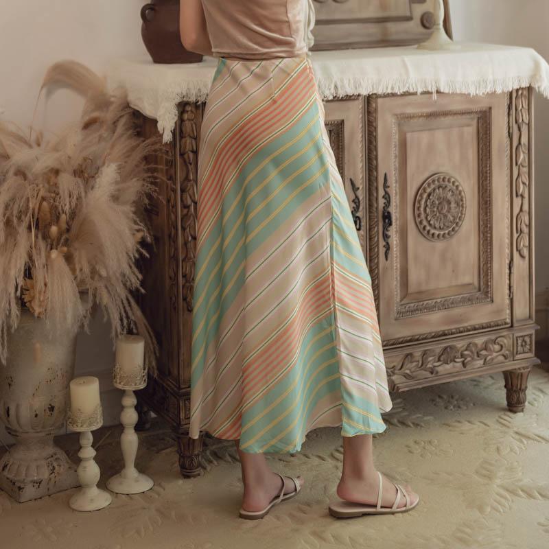 韓国 ファッション スカート ボトムス 春 夏 リゾート パーティー PTXH384  バイアス シャーベットカラー マキシ リゾート オルチャン セレブ セクシーの写真2枚目