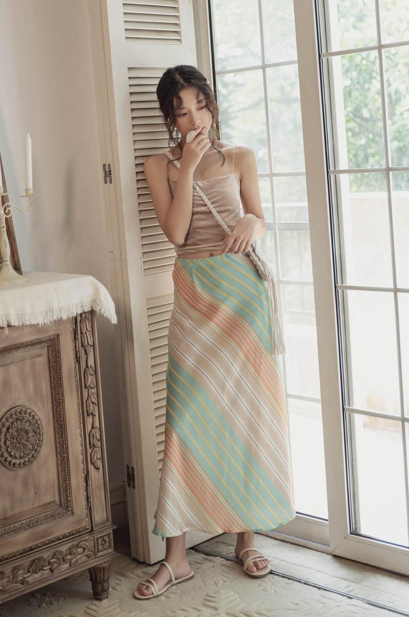 韓国 ファッション スカート ボトムス 春 夏 リゾート パーティー PTXH384  バイアス シャーベットカラー マキシ リゾート オルチャン セレブ セクシーの写真7枚目