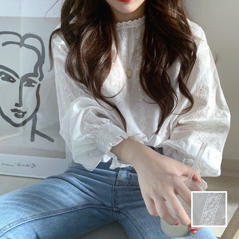 韓国 ファッション トップス ブラウス シャツ 春 夏 カジュアル PTXH429  刺繍 パンチングレース ガーリー プルオーバー オルチャン シンプル 定番 セレカジの写真1枚目