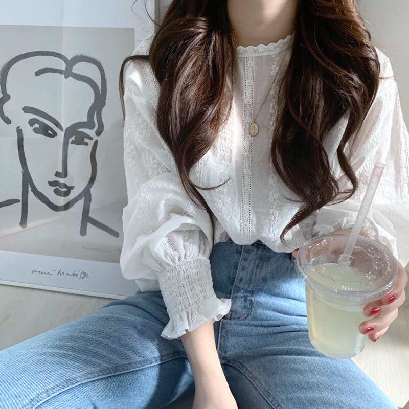 韓国 ファッション トップス ブラウス シャツ 春 夏 カジュアル PTXH429  刺繍 パンチングレース ガーリー プルオーバー オルチャン シンプル 定番 セレカジの写真2枚目