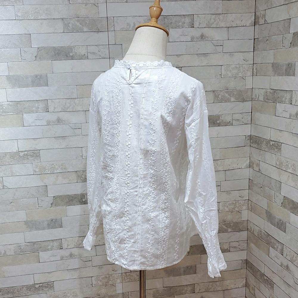 韓国 ファッション トップス ブラウス シャツ 夏 春 カジュアル PTXH429  刺繍 パンチングレース ガーリー プルオーバー オルチャン シンプル 定番 セレカジの写真13枚目