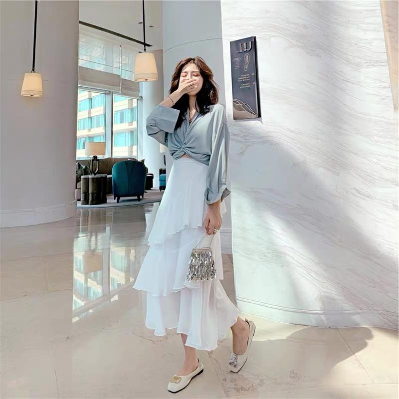 韓国 ファッション セットアップ 春 夏 カジュアル PTXH438  ツイスト シャツ シアー アシンメトリー オルチャン シンプル 定番 セレカジの写真10枚目