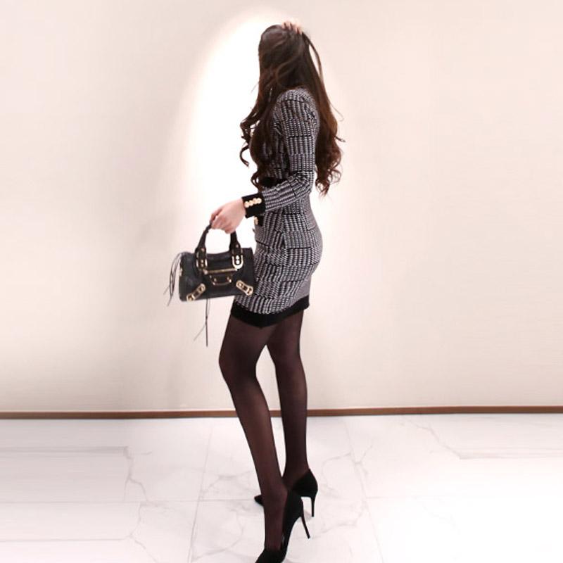 韓国 ファッション ワンピース パーティードレス ショート ミニ丈 秋 冬 パーティー ブライダル PTXH519 結婚式 お呼ばれ ブロック柄 ライン 金ボタン マイクロミ 二次会 セレブ きれいめの写真4枚目
