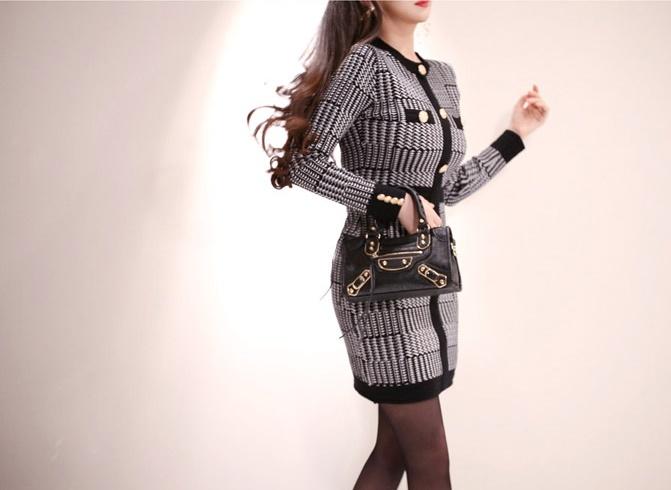 韓国 ファッション ワンピース パーティードレス ショート ミニ丈 秋 冬 パーティー ブライダル PTXH519 結婚式 お呼ばれ ブロック柄 ライン 金ボタン マイクロミ 二次会 セレブ きれいめの写真9枚目