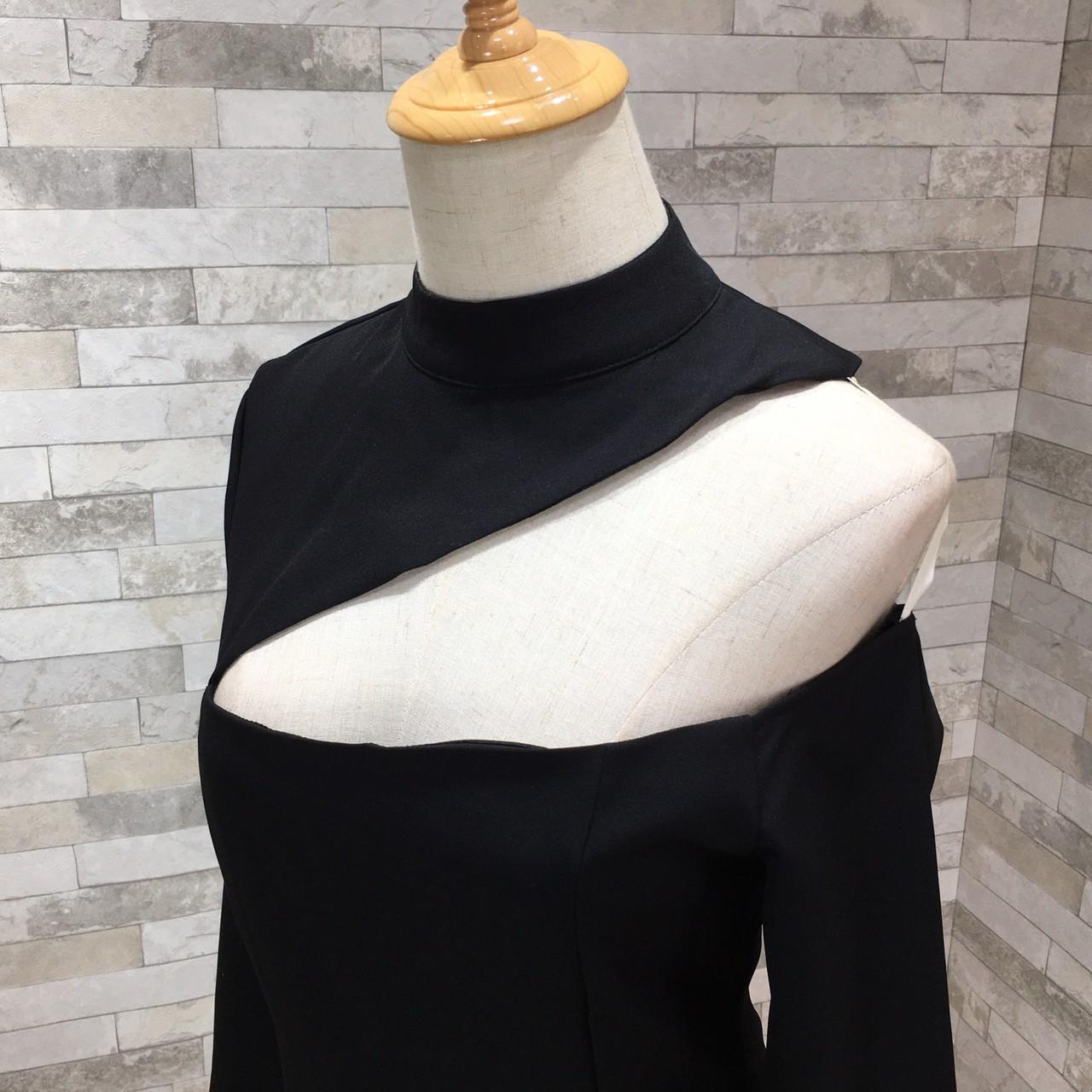 韓国 ファッション ワンピース パーティードレス ひざ丈 ミディアム 秋 冬 春 パーティー ブライダル PTXH549 結婚式 お呼ばれ アシンメトリー オープンショルダー 二次会 セレブ きれいめの写真19枚目