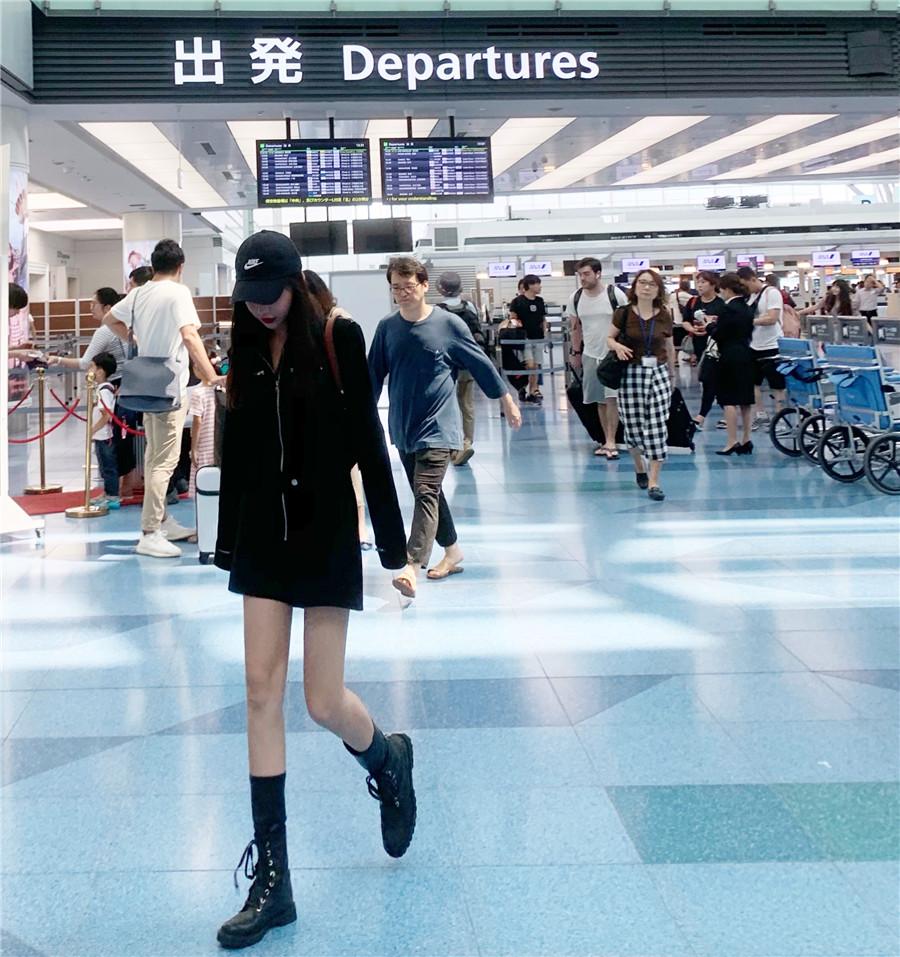 韓国 ファッション オールインワン サロペット 春 夏 秋 カジュアル PTXH793  ジップアップ ウエストマーク ショートパンツ オルチャン シンプル 定番 セレカジの写真10枚目